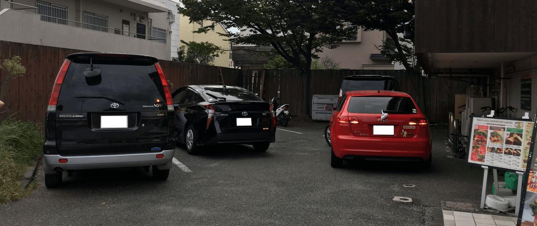 【鎌倉ハンバーガー】クアアイナ鎌倉店駐車場