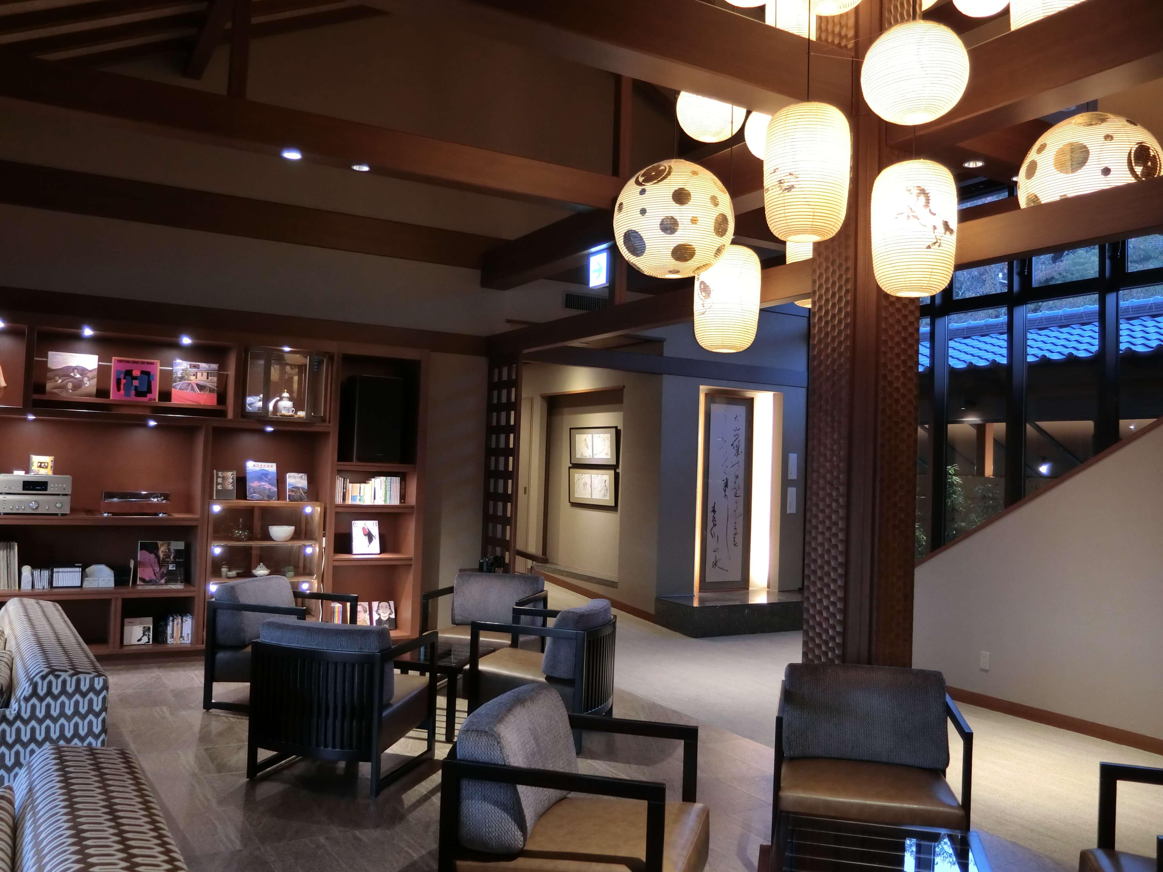 【犬山市高級旅館】灯屋 迎帆楼(あかりや げいはんろう)|ラウンジ1