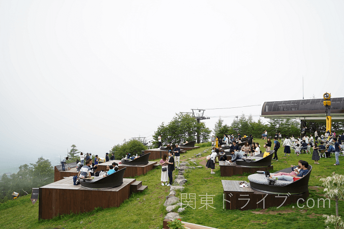 清里テラスのカフェからリフトを見た風景